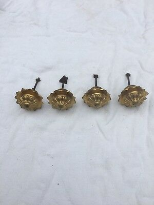 A Good Antique Set Of four Ormolu Bronzes Clock Feet