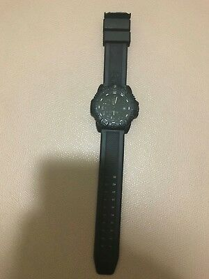 Luminox Navy Seal Colormark Blackout 3050.BO Black Watch with rubber strap