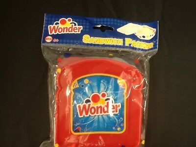 VINTAGE  WONDER BREAD SANDWICH CONTAINER PLASTIC NEW IN Plastic wrap RED