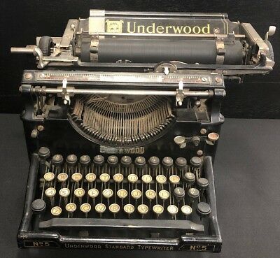 Vintage Underwood Standard Type Writer Made In Canada