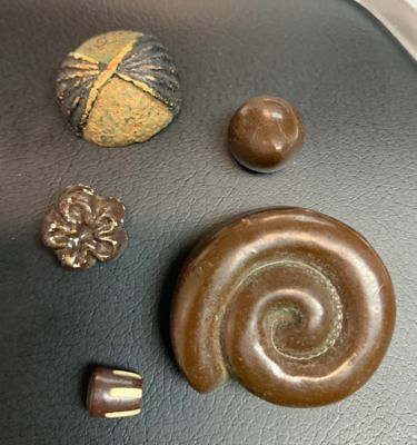 """Set of 5 Vintage Brown Painted Clay Buttons 1/2 - 1 3/8"""""""