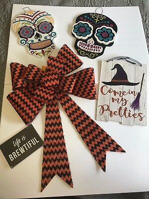 Mixed Lot Halloween Decor 5 piece Chevron Bow Skull Wall Plaques Witch Signs New