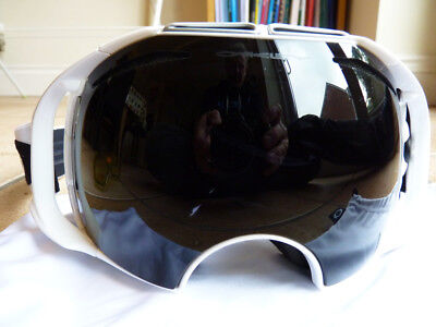 USED 1 DAY! OAKLEY Airbrake ski snowboard goggles white 2 lens RRP £180!