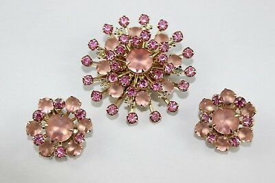 Gorgeous Vintage Pink Frosted & Fuchsia Rhinestones  Pin/brooch & Clip Earrings