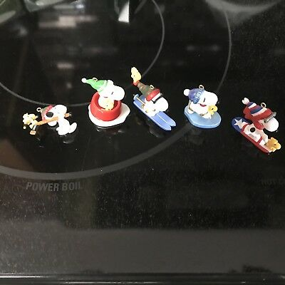 hallmark miniature snoopy ornaments. Set Of 5