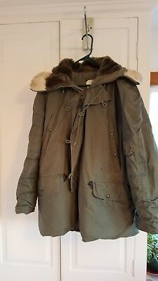 Army Parka w/ Hood Extreme Cold Insulated Large N3B Military Greenbrier