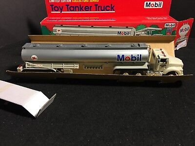 Mobil Limited Edition 1993 Tanker Truck Headlights Dual Sound Horn, Backup Alert