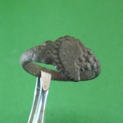 Superb Ancient Roman Bronze Ring -  100/300 Ad