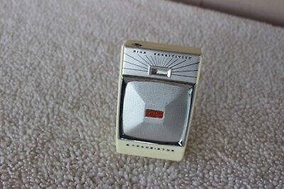 Nanaola Transistor Radio Japanese made, model 8TP-412