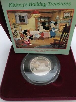 Disney 1999 Uncle Scrooge McDuck Mickey's Holiday Treasure 1 Oz .999 Silver Coin