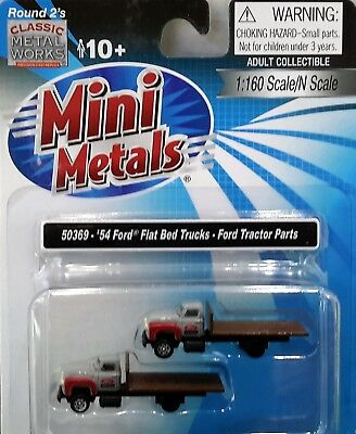 N Scale Classic Metal Works 1954 Ford Flat Beds 'Ford Tractor Parts' Item #50369