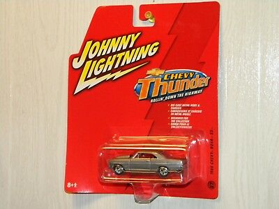 Johnny Lightning 2006 Chevy Thunder 1966 Chevy Nova Ss Silver Paint