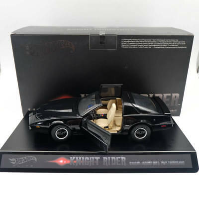 Hot Wheels Super Elite 1:18 Knight Rider KITT with Voicebox and Lights Diecast