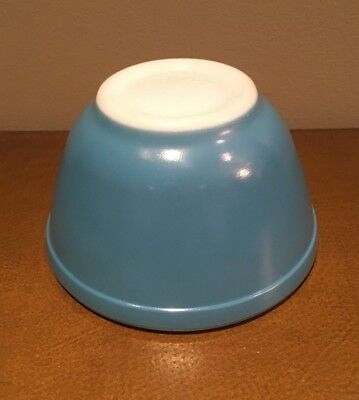 Vintage PYREX Small MIXING Nesting PRIMARY BLUE 1.5 Pint # 401 BOWL