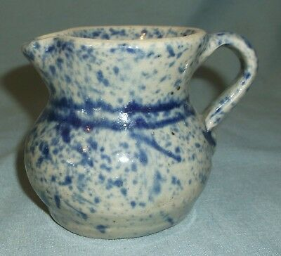 1989 Jerry Brown Hamilton Alabama Art Pottery Creamer Pitcher Blue Stripes Spots