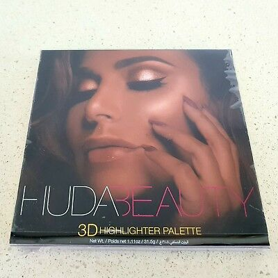 HUDA BEAUTY 4 Shades 3D Highlighter Palette /  NEW & AUTHENTIC Golden Sands