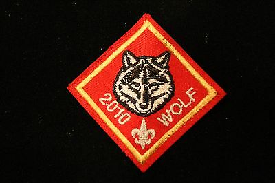 "OFFICIAL BSA 2010 ""WOLF"" RANK PATCH - Boy Cub Scouts - ANNIVERSARY 100 YEARS"