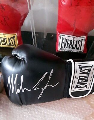 MIKE TYSON Signed Everlast Boxing Glove (BLACK) L/H