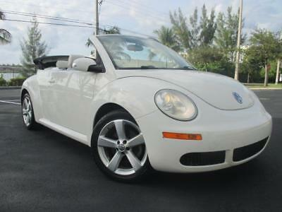 2007 Beetle-New Triple White 2007 VOLKSWAGEN NEW BEETLE TRIPLE WHITE CONVERTIBLE, 2.5L 5Cyl, NO RESERVE.