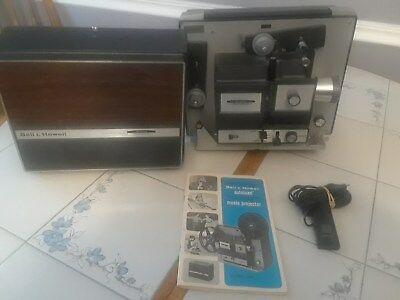 Vintage Bell & Howell 456 Autoload 8mm Super 8 Movie Portable Projector, Reels
