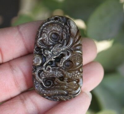 China Jade Stone Carving Lucky Dragon  Amulet Necklace Pendant L26