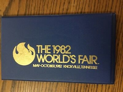 WOW The 1982 World's Fair Stamp Booklet Knoxville, Tennessee