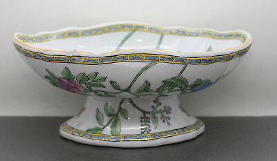 Antique Chinese Hand Painted Large Scallop Rim Footed Porcelain Bowl Signed