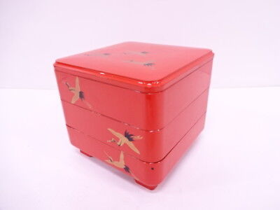 39022# Japanese Lacquer Ware / Lacquered Lidded Stacking Box / Jubako / Cranes /