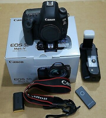 Canon EOS 5D Mark IV 30.4MP Digital SLR Camera - Black (Body Only): Gently Used