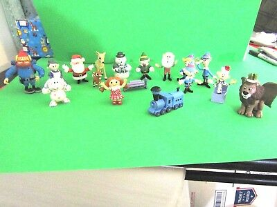Rudolph The Red Nosed Reindeer Set Of 17 Small Pvc Figures.  Don't Miss Out