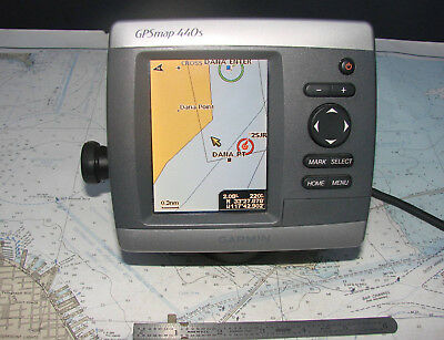 Garmin GPSMAP 440s COLOR MULTIFUNCTION CHARTPLOTTER-12 Photos-PRELOADED CHARTS!!
