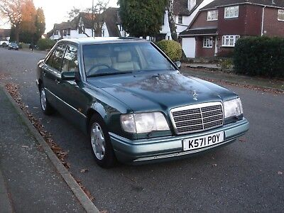 1992 Mercedes 320E E320 W124 - Excellent Specification & Long MOT