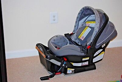 Graco SnugRide Click Connect 40 Infant Car Seat Base Canopy Local Pick Up