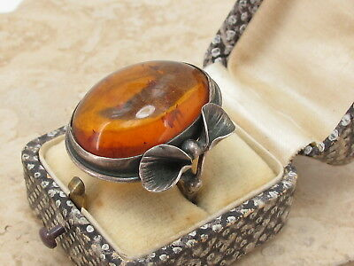 Vintage Sterling Silver 925 & Large Baltic Amber Bow Ring Size O 7.5