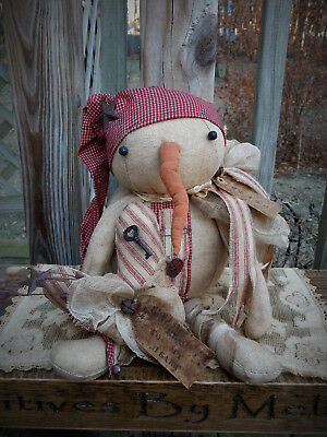 FoLk Art PrimiTive ValenTines SNOWMAN HearT sTar DOLL Holiday Home DecoraTion