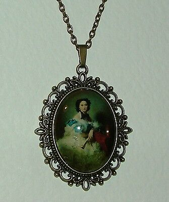 Large Glass Cameo Lady With Fan Victorian Style Dark Gold Plated Pendant