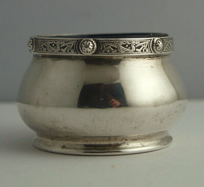 Solid Silver Salt With Celtic Knot work Border - Birm. 1954