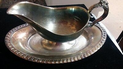 Vintage  Silver Plate Gravy Sauce Boat With Attached Under Tray