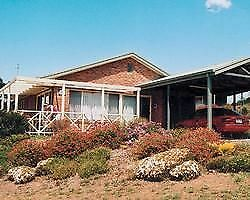 Timeshare for sale. Mansfield Country Club Resort, Vic.   2 bedroom, 2 bathroom