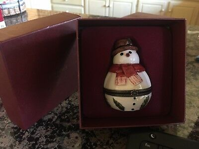 Villeroy & Boch Snowman Hinged Trinket Box 1748 Christmas Ornament Collectible