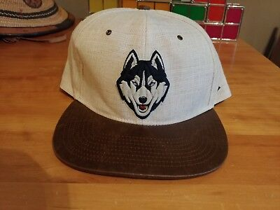 NCAA Zephyr UCONN Connecticut Tan and Brown Leather Brim Original Snapback  Hat 9a858a7a3370