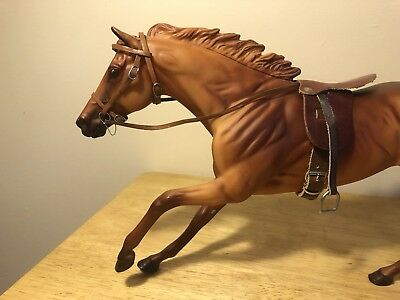 Breyer Traditional Size English Saddle and Bridle- leather, adjustable buckles