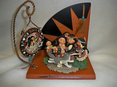 Enesco Friends of the Feather - Family Dance set