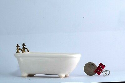Porcelain bathtub Doll house Furniture Vintage Miniature Dollhouse Living Room