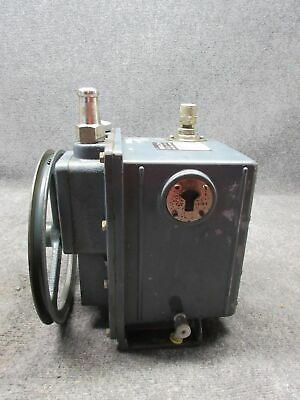 Sargent-Welch Scientific Co. 1402 Duo-Seal Vacuum Pump *Tested/Working*