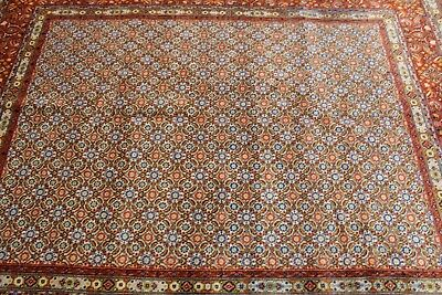 AN EXCELLENT OLD HANDMADE MOUD ORIENTAL RUG (250 x 198 cm)