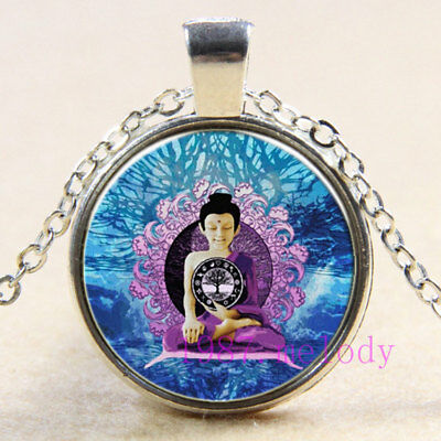 Vintage jewelry Cabochon Glass silver Necklace pendants:Celtic Buddha tree life