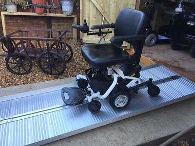 ALL TERRAIN FREE RIDER MAYFAIR MOBILITY SCOOTER - 18st USER WEIGHT - 15 MILES -