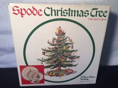 Spode Christmas Tree 5 Piece Place Setting Made in England China Dinnerware Set