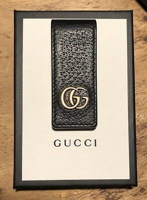 2c5f5f00d GUCCI Signature GG Marmont Leather Magnetized Money Clip Black and Gold